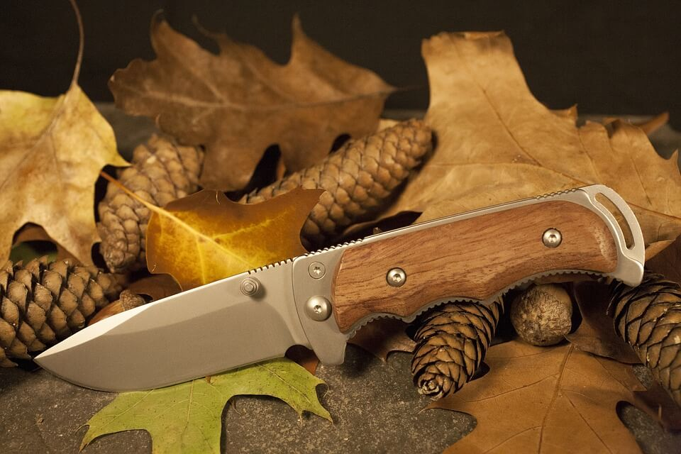 Choosing the Best Hunting Knife
