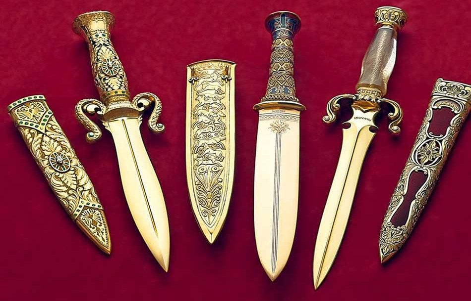 Gem of the Orient knifes
