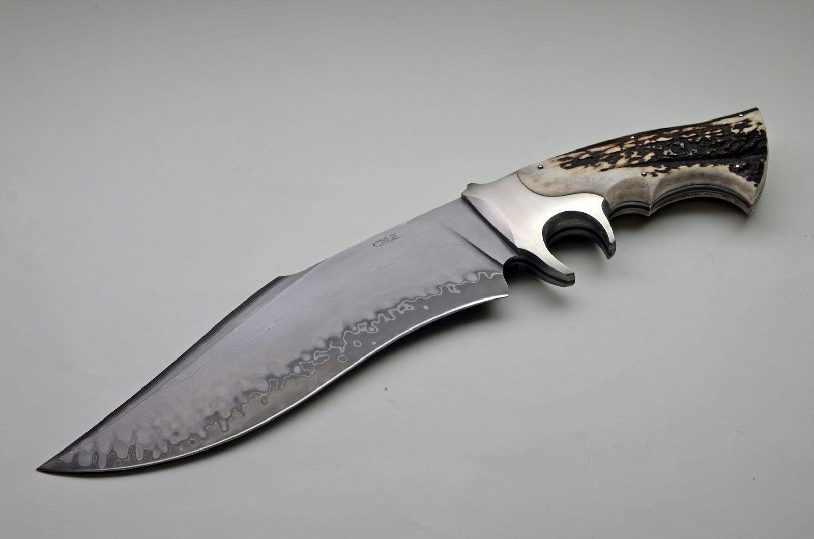 exquisite knives original piece